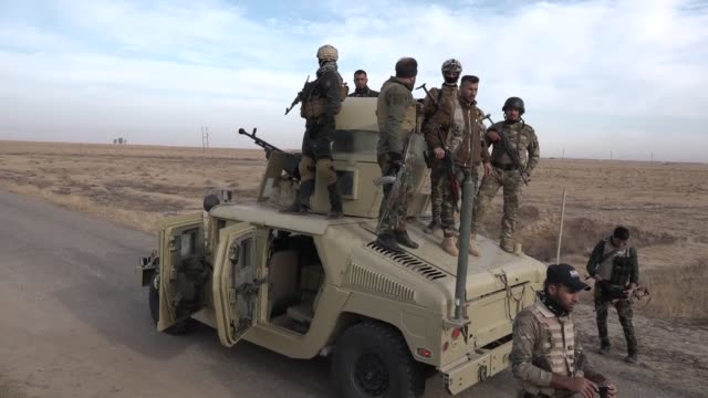 vídeos y material grabado en eventos de stock de more than 40 daesh militants were killed friday and almost a dozen others captured in a wideranging security sweep in iraq's northern kirkuk province... - isis
