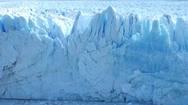 moreno glacier front close - collapsing stock videos & royalty-free footage