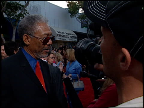 morgan freeman at the 'sum of all fears' premiere at the mann village theatre in westwood california on may 29 2002 - regency village theater stock-videos und b-roll-filmmaterial