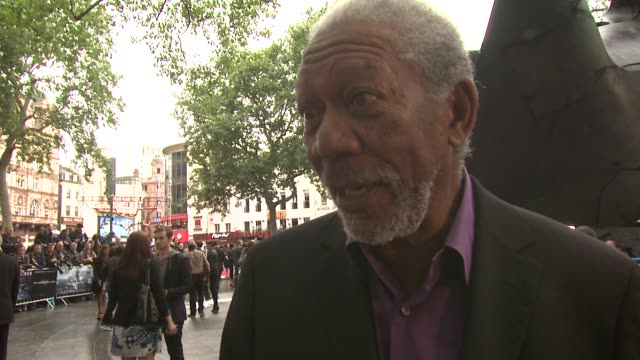 morgan freeman on christian bale and christopher nolan at the dark knight rises european premiere at leicester square on july 18 2012 in london... - morgan freeman stock videos & royalty-free footage