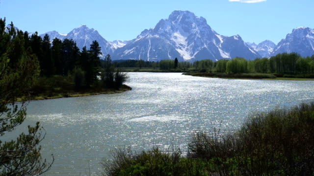 morning at the oxbow in teton national park - grand teton national park stock videos & royalty-free footage