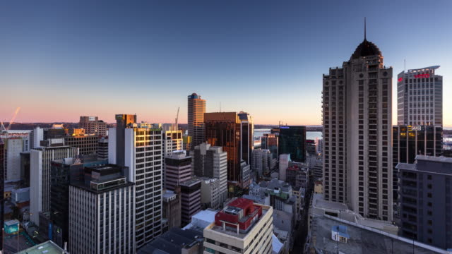 Morning in Downtown Auckland - Time Lapse
