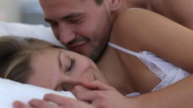 morgen secret - real wife sharing stock-videos und b-roll-filmmaterial