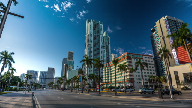 morning sun hyperlapse of biscayne boulvard with traffic jam, miami. florida, usa - biscayne bay stock-videos und b-roll-filmmaterial