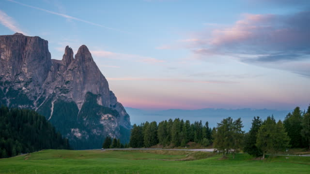 morning sunrise at seiser alm, dolomites - extreme terrain stock videos & royalty-free footage