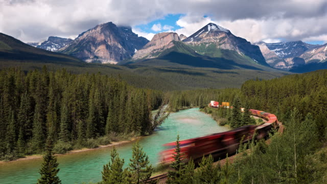 WS T/L Morning train along the Bow River at Morants Curve