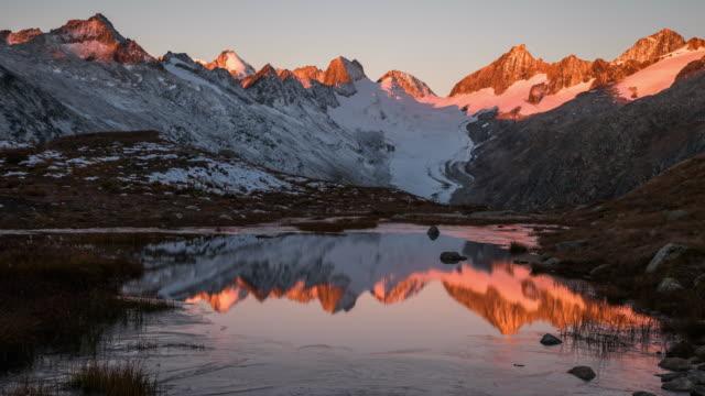 vidéos et rushes de morning - alpes suisses
