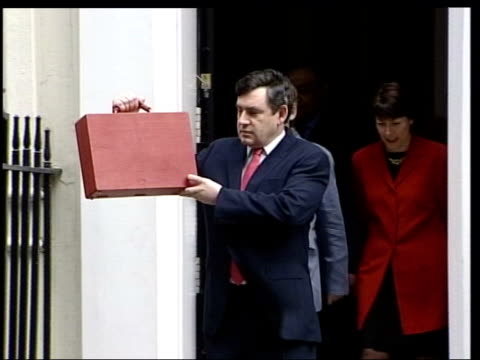 stockvideo's en b-roll-footage met mortgage lenders policies attacked lib gordon brown mp towards from number 11 with budget box - number 9
