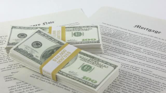 stockvideo's en b-roll-footage met mortgage money | video - executie evenement