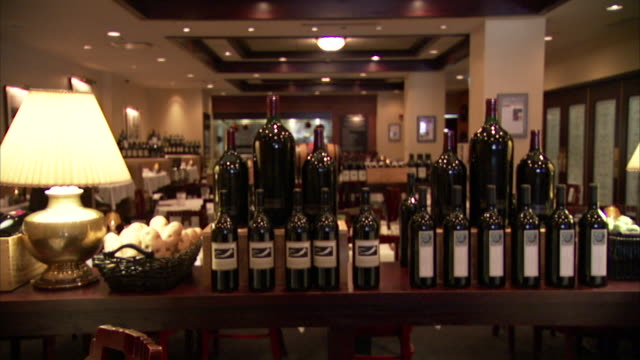 morton's steakhouse - dining room stock videos & royalty-free footage