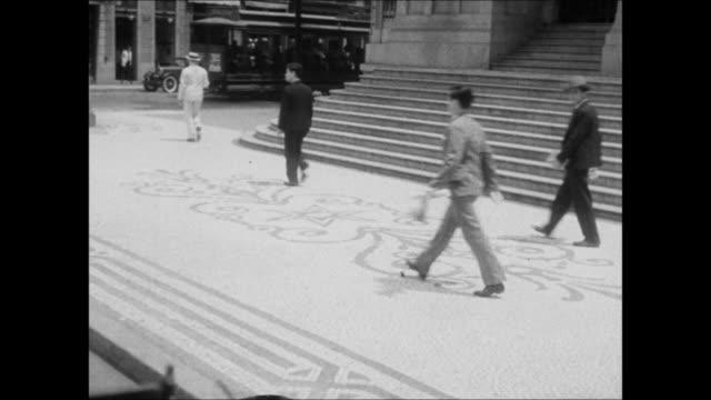 vídeos de stock, filmes e b-roll de mosaic streets of rio de janeiro, brazil - 1930
