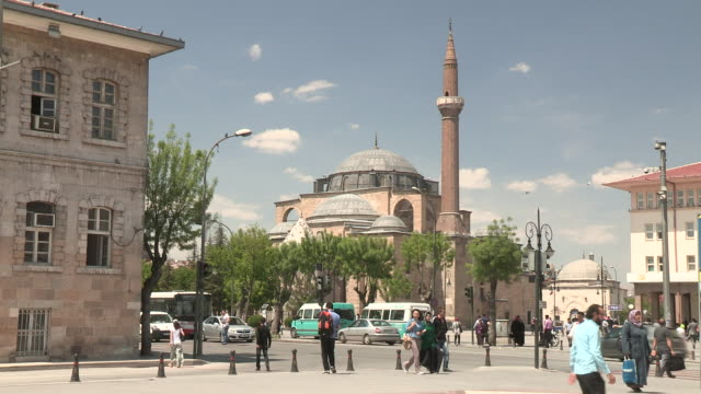 mosque and street, konya, turkey - konya stock videos and b-roll footage