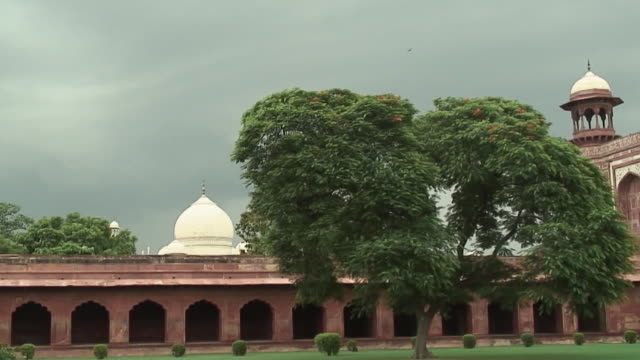 ws pan zi cu mosque and taj mahal dome, agra (taj mahal), india - agra stock videos and b-roll footage