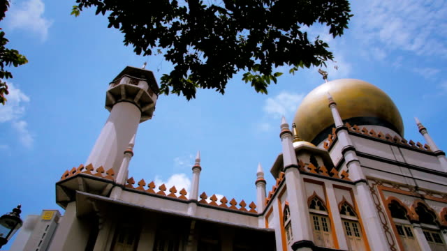 mosque with blue sky - sultan mosque singapore stock videos and b-roll footage