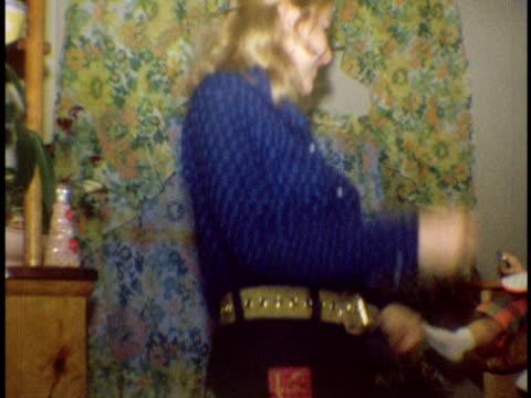 vidéos et rushes de 1972 ms mother dancing for daughter in kitchen / bronx, new york - fille de