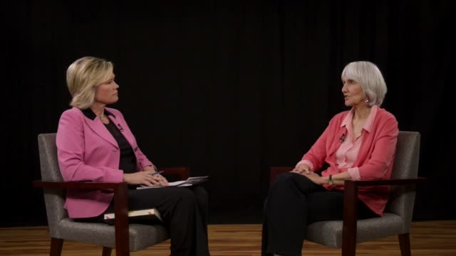 vídeos de stock, filmes e b-roll de mother of columbine high school student dylan klebold sue klebold granted an interview with dptv's molly hughes in support of her book detailing the... - columbine