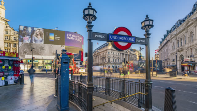 motion controlled time lapse footage of the morning rush hour traffic in piccadilly circus in london - commercial sign stock videos & royalty-free footage