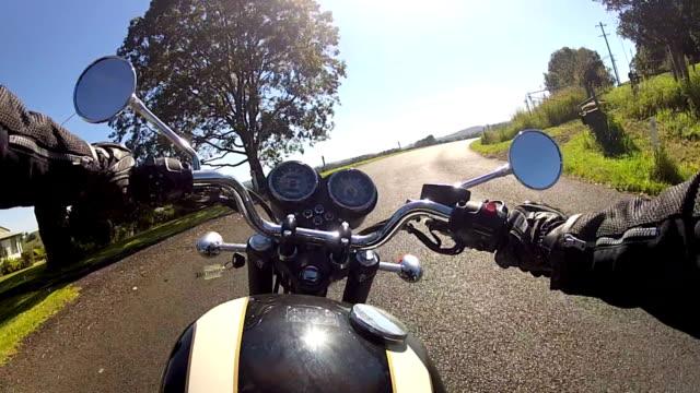 motocicletta ride - motocicletta video stock e b–roll