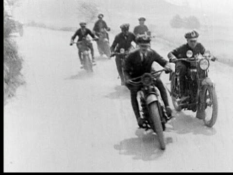 1925 b/w ws ts motorcycle policemen driving on winding road during pursuit / los angeles county, california, usa - 1925 stock videos & royalty-free footage