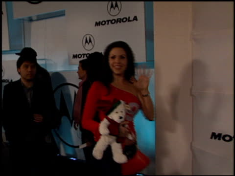 vídeos y material grabado en eventos de stock de motorola's third annual holiday party at the motorola's third annual holiday party at hollywood & highland in hollywood, california on december 6,... - motorola