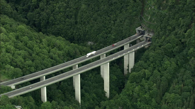 vidéos et rushes de aerial motorway bridge (viaduct) in montreux, vaud, switzerland - montreux