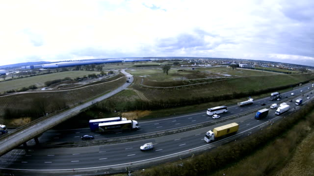 m1 motorway in uk - furgone video stock e b–roll