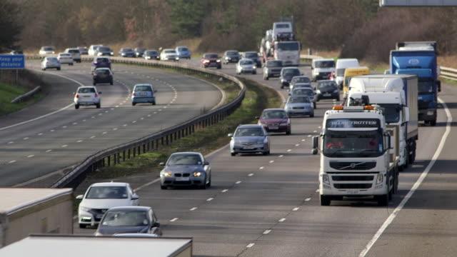 motorway traffic - camion articolato video stock e b–roll