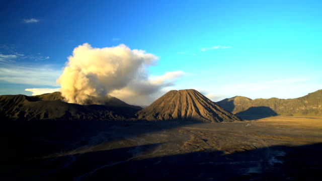 mount bromo volcano eruption at sunrise java indonesia - remote location bildbanksvideor och videomaterial från bakom kulisserna
