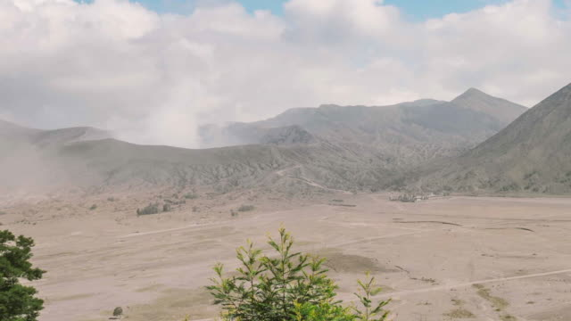 mount bromo volcano, the magnificent view of mt. bromo located in bromo tengger semeru national park, east java, indonesia. panning camera - tengger stock videos & royalty-free footage