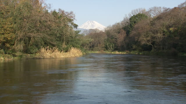 mount fuji and kakita river - satoyama scenery stock videos & royalty-free footage