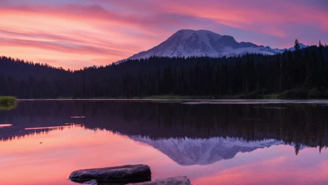mount rainier nature landscape dusk to night sunset transition - mt rainier national park stock videos & royalty-free footage