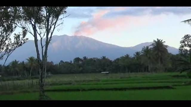 mount raung, a 3,300-metre volcano in java has been spewing lava and ash high into the air, leading to the closure of three airports and travel chaos - 800 metre stock videos & royalty-free footage