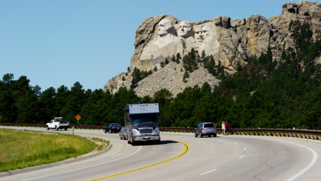 mount rushmore national memorial sculptured in granite usa - mt rushmore national monument stock videos & royalty-free footage