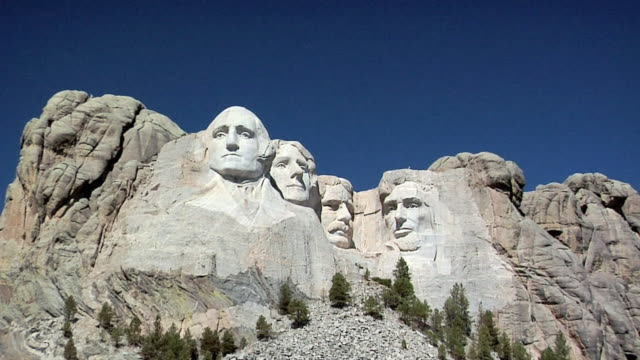 zi ms mount rushmore national memorial, south dakota, usa - mt rushmore national monument stock videos and b-roll footage
