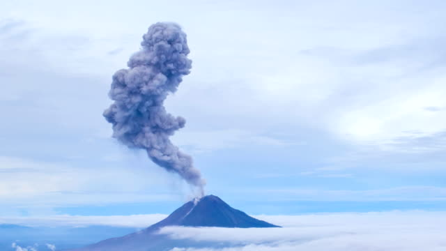 gunung sinabung volcano eruption - volcano stock videos & royalty-free footage