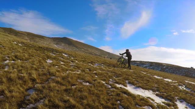 mountain bike push bike - pov. - struggle stock videos & royalty-free footage