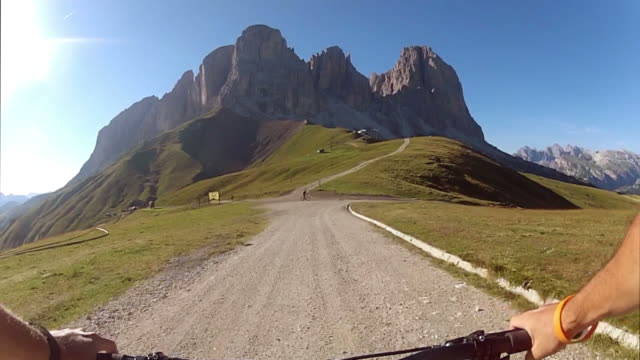 Mountain Bike Video: Downhill on the Dolomites
