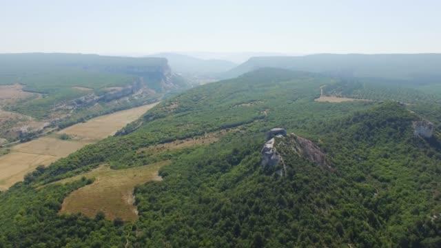 グランドキャニオンの空中: 山林 - クワッドコプター点の映像素材/bロール