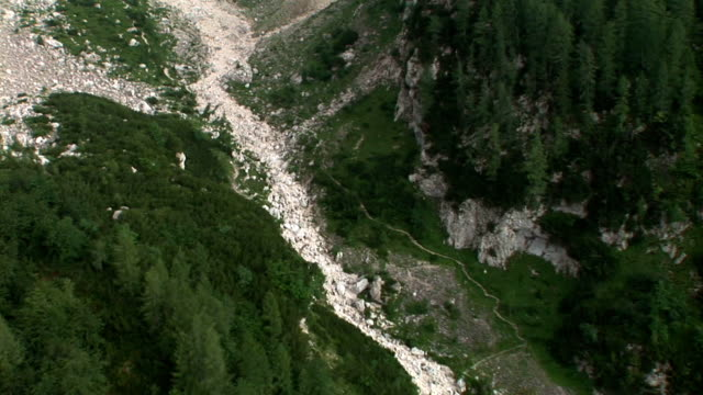 hd: mountain gorge - named wilderness area stock videos & royalty-free footage
