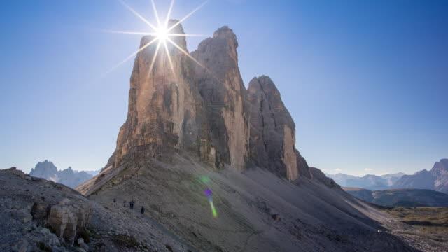 mountain in the dolomites, italy - dolomiti video stock e b–roll