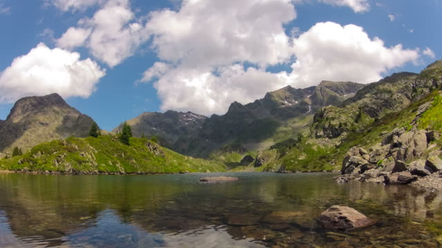 mountain lake - grenoble stock-videos und b-roll-filmmaterial