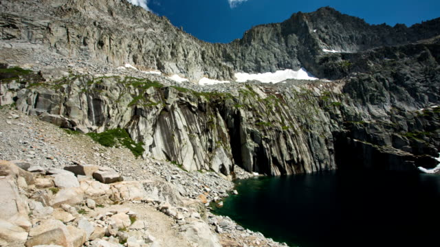 mountain lake - sequoia national park stock videos & royalty-free footage