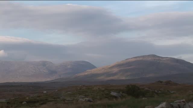 ws, mountain landscape, connemara, ireland - stationary process plate stock videos & royalty-free footage