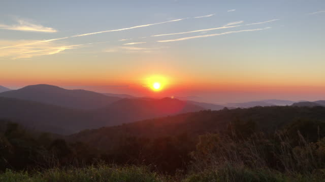 mountain peak sunrise - horizon over land stock videos & royalty-free footage