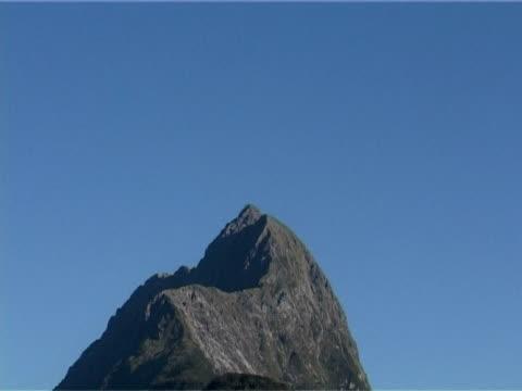 mountain peak  - naturwunder stock-videos und b-roll-filmmaterial