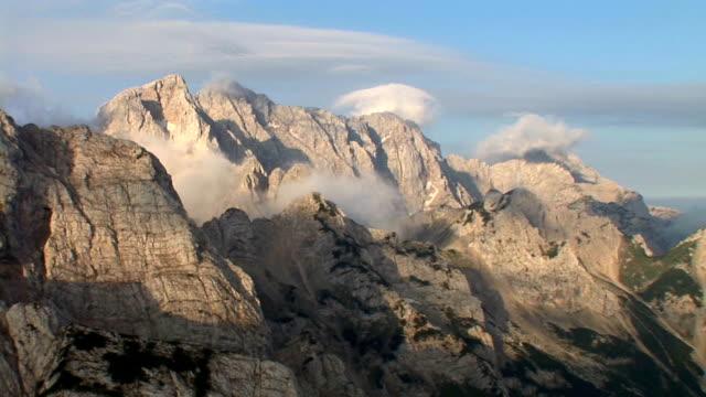 HD : Sommets montagneux