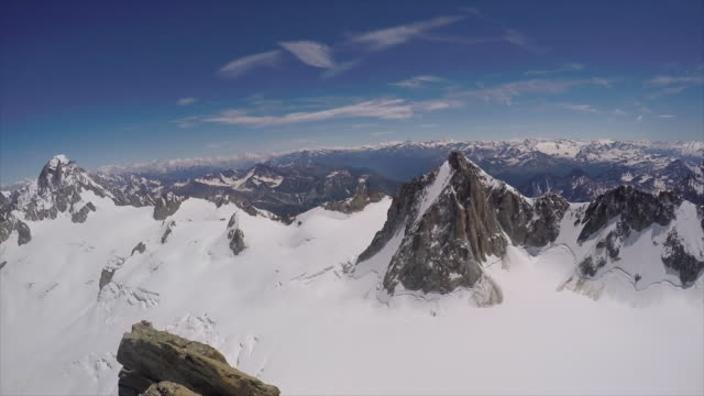 vidéos et rushes de a mountain range of mountains in the french alps. - slow motion - format hd
