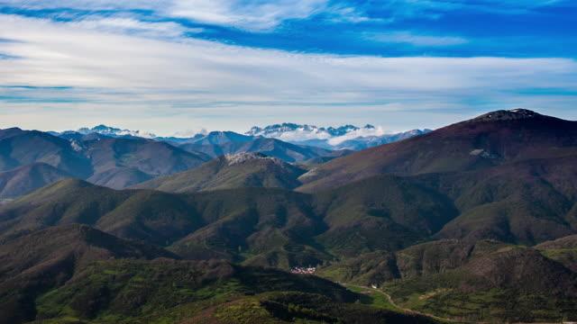Mountain range Timelapse