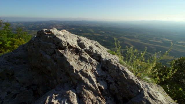 stockvideo's en b-roll-footage met berg rots, italië - sedimentary rock