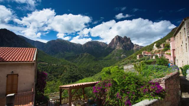 stockvideo's en b-roll-footage met time lapse: mountain village - village